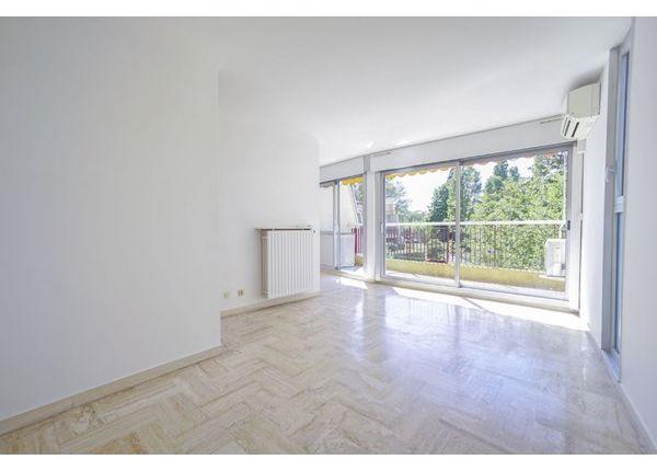 1 bed apartment for sale in 06210, Mandelieu La Napoule, Fr