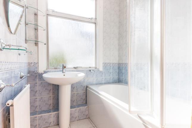 Bathroom of Broomhall Road, South Croydon CR2