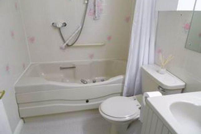 Bathroom of Redwood Manor, Haslemere GU27