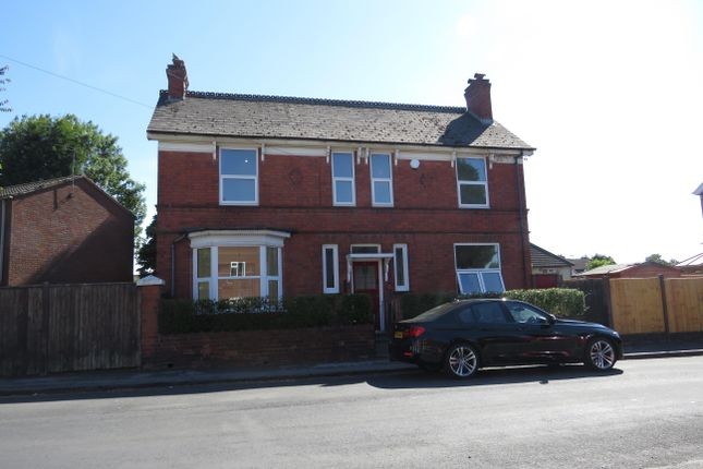 Thumbnail Detached house to rent in Birmingham Street, Darlaston, Wednesbury