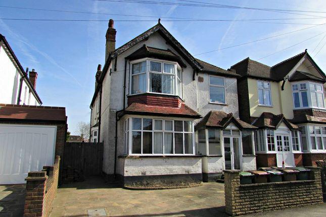 Thumbnail Flat for sale in Salisbury Road, Carshalton