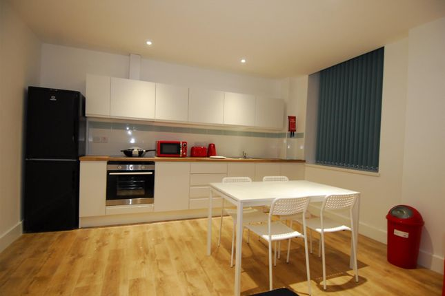 Thumbnail Flat to rent in St. Andrews Cross, Plymouth