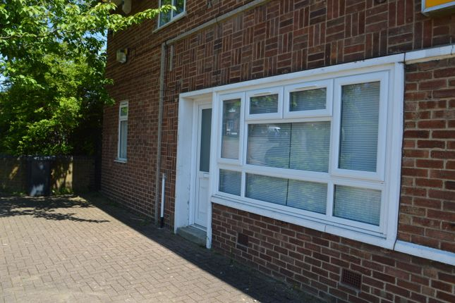 Thumbnail Maisonette to rent in 98 King George Road, Ware