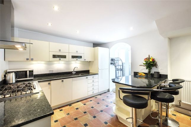 Thumbnail Terraced house for sale in St. Peter's Street, London