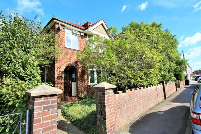 Thumbnail Detached house to rent in High Street, Colnbrook, Slough