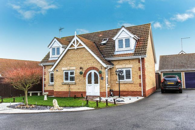 3 bed bungalow for sale in Landau Way, March