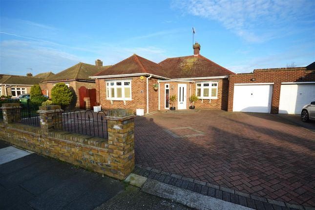 Thumbnail Detached bungalow to rent in Cherry Walk, Grays