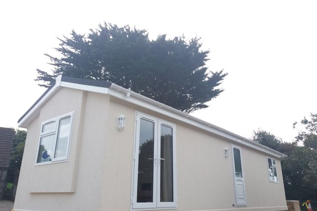 Thumbnail Bungalow for sale in Travellers Rest, Helston