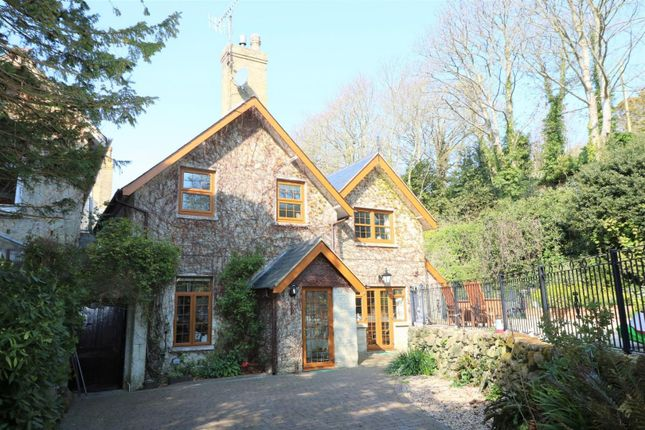 Thumbnail Cottage for sale in Sandrock Road, Niton Undercliff, Ventnor