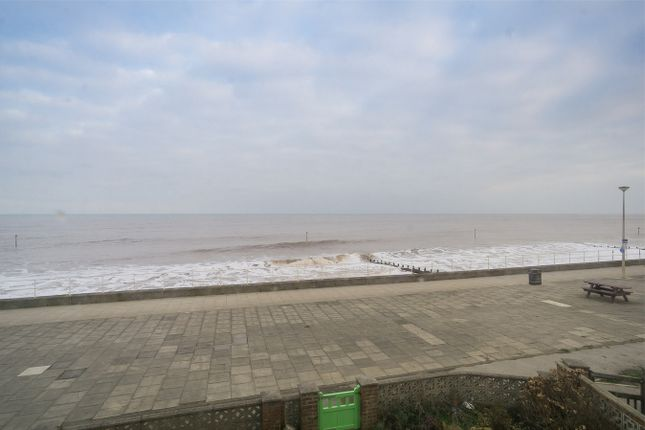 Thumbnail Terraced house for sale in South Promenade, Withernsea, East Riding Of Yorkshire