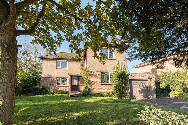 3 bed detached house for sale in Hill Rise, Cuffley