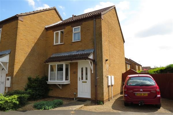 Thumbnail End terrace house to rent in Woodside Avenue, Sleaford