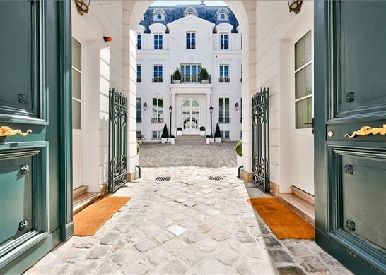 Thumbnail Property for sale in 13 Rue Las Cases, 75007 Paris, France
