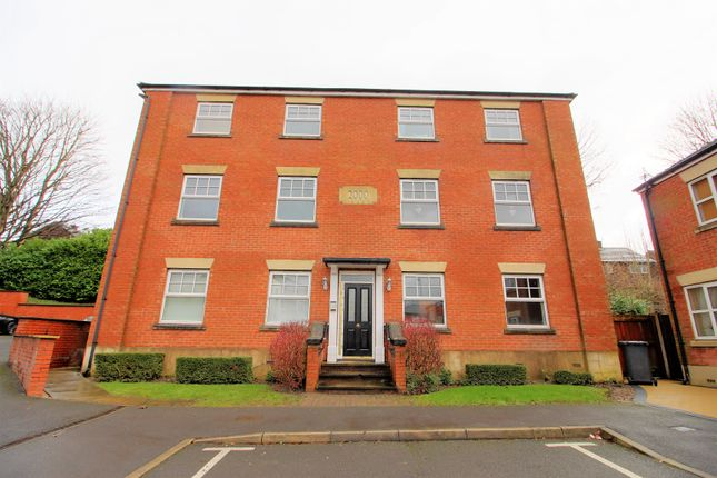 Thumbnail Flat for sale in Dukinfield Road, Hyde