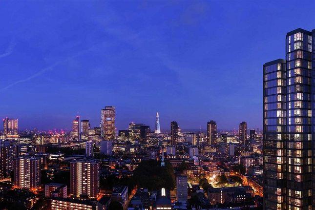 Thumbnail Flat to rent in Carrara Tower, 250 City Road, Islington, London