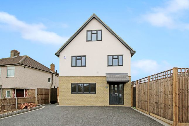 Thumbnail Detached house for sale in Fen Grove, Sidcup, Kent