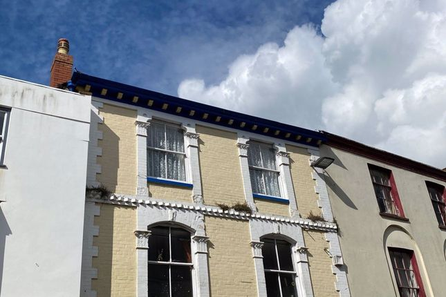Thumbnail Flat to rent in Fore Street, Great Torrington, Devon