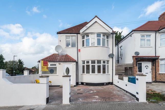 4 bed detached house to rent in Weald Lane, Harrow HA3