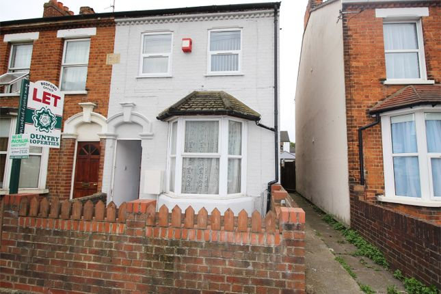 Thumbnail Terraced house to rent in Goldington Road, Bedford