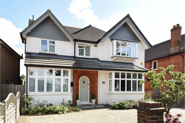 Thumbnail Detached house for sale in Meadway Drive, Woking
