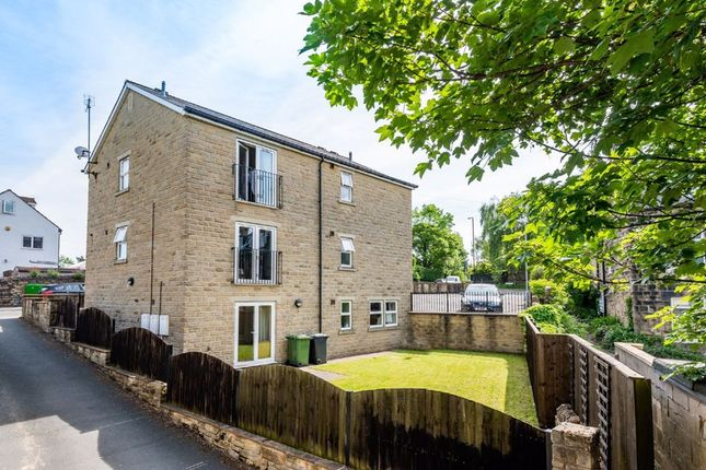 Thumbnail Flat for sale in Park Road, Guiseley, Leeds