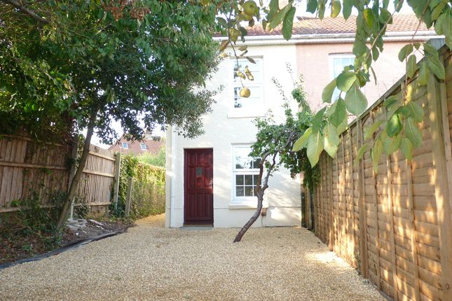 Thumbnail Cottage to rent in Gordon Road, Fareham