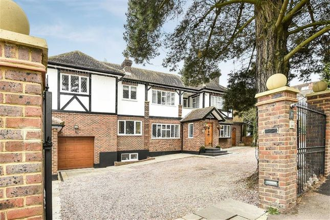 Thumbnail Detached house for sale in Hadley Road, Enfield, Middlesex