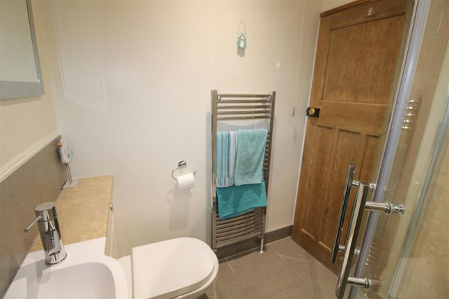 Shower Room of Wootton Road, South Wootton, King's Lynn PE30