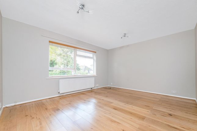 1 bed flat to rent in Cumberland Road, Bromley BR2