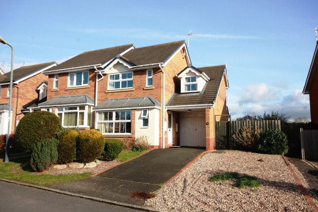 Thumbnail Semi-detached house for sale in Icknield Close, Bidford On Avon