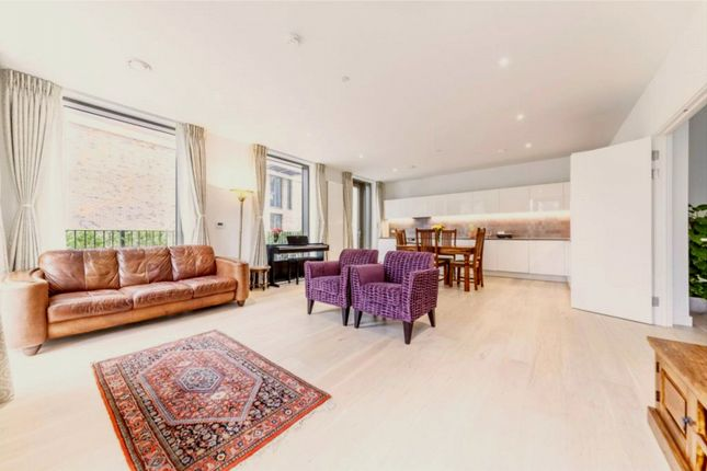 4 bed flat for sale in Kelson House, 8 Schooner Road, Royal Wharf, London E16