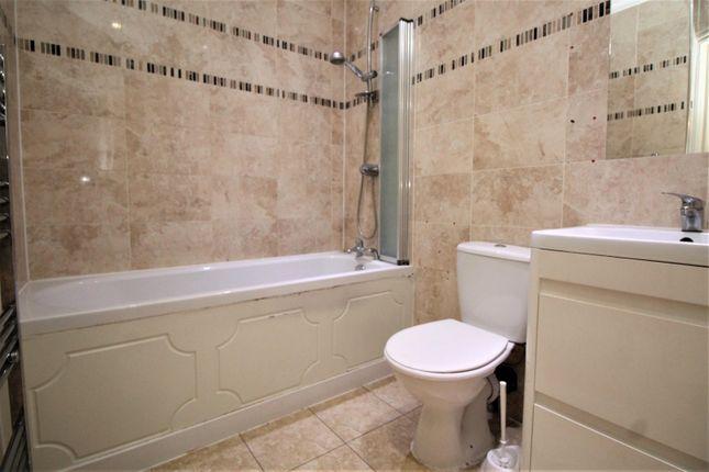 Bathroom of Rom View House, 9 Como Street, Romford RM7