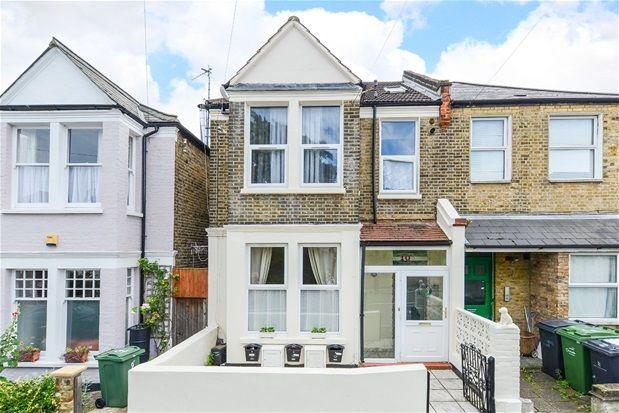 Thumbnail Flat for sale in Dodbrooke Road, London