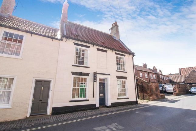 Thumbnail End terrace house for sale in Hengate, Beverley