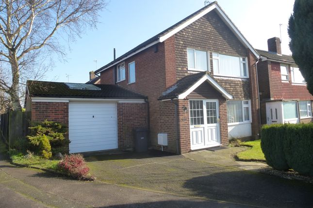 Thumbnail Detached house for sale in Birchen Grove, Luton