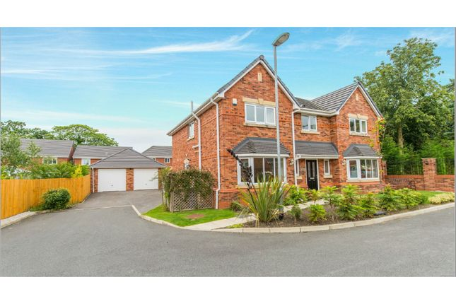Thumbnail Detached house for sale in Kendal Gardens, Leyland