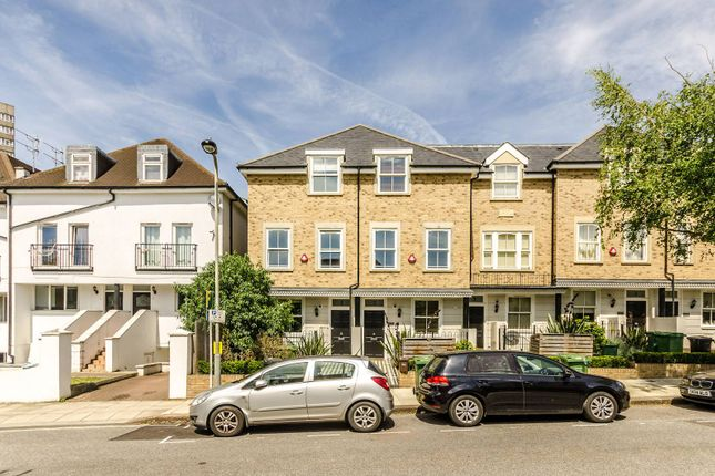 Thumbnail Semi-detached house for sale in Kingscroft Road, London
