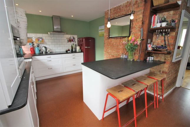 Thumbnail Flat for sale in Bolster Grove, Alexandra Park