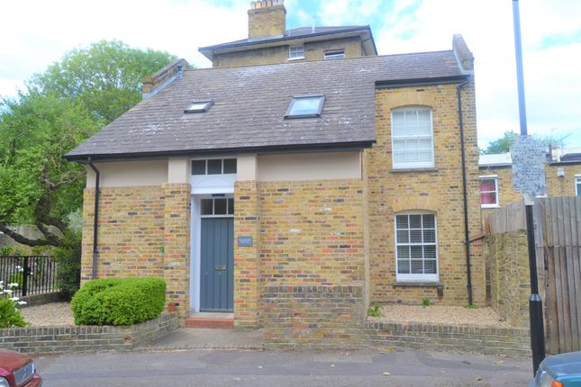 Thumbnail Detached house to rent in Alwyne Square, London