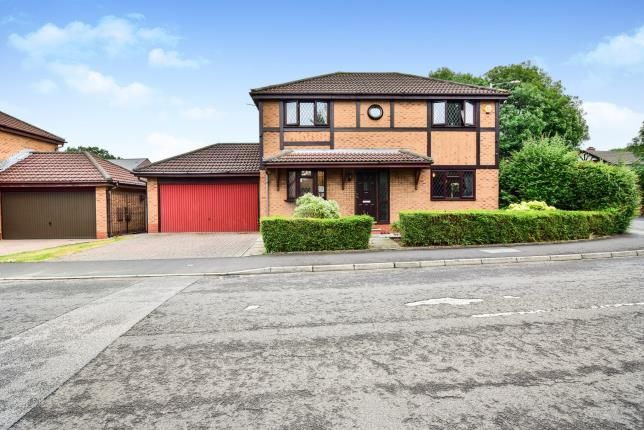 Thumbnail Detached house for sale in Tunshill Road, Brooklands, Manchester, Greater Manchester