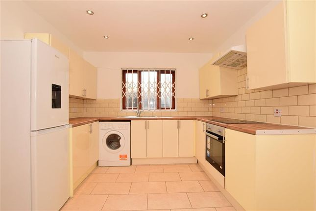 Thumbnail Bungalow for sale in Lawson Close, London