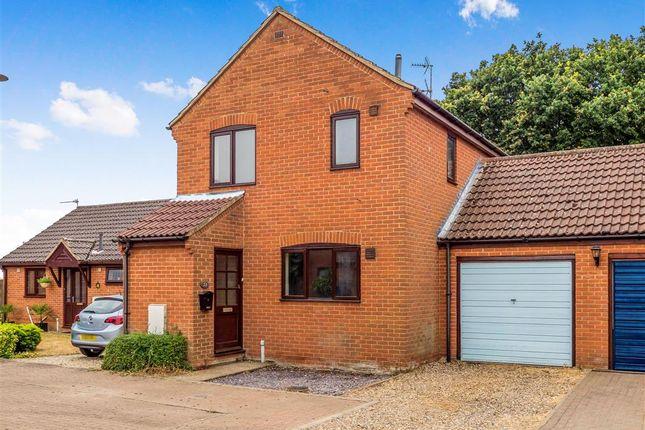Thumbnail Link-detached house for sale in Highfield Close, Foulsham, Dereham