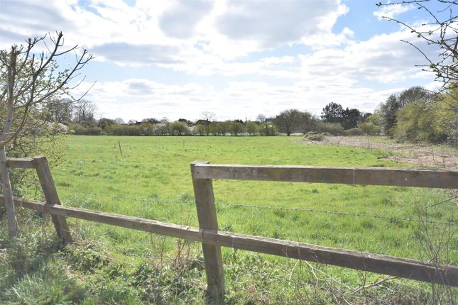 Thumbnail Land for sale in Grove Cottages, Barnby Road, Newark