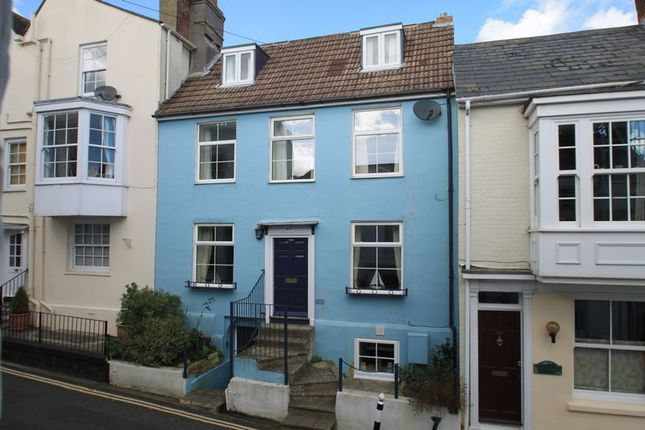 Thumbnail Property for sale in Sun Hill, Cowes