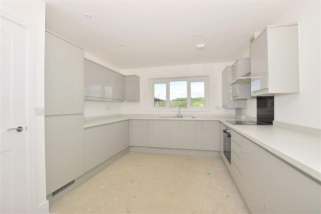 Thumbnail Detached house for sale in Warwick Crescent, Rochester, Kent