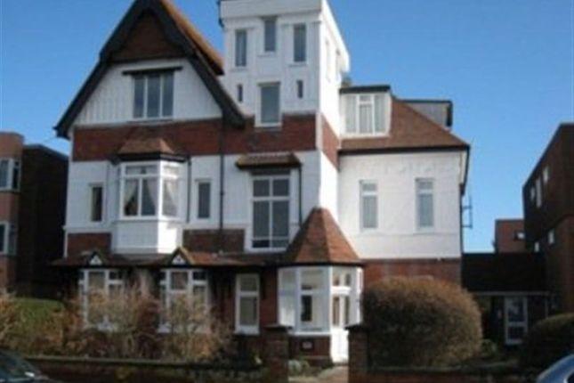 Thumbnail Flat to rent in Victoria Drive, Bognor Regis