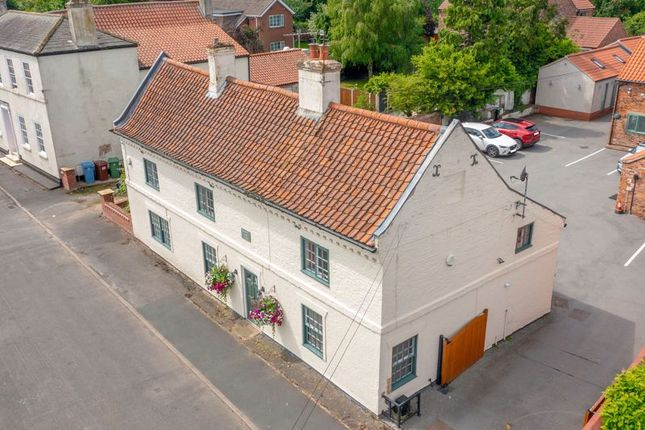 Thumbnail Property for sale in Bar Road North, Beckingham, Doncaster