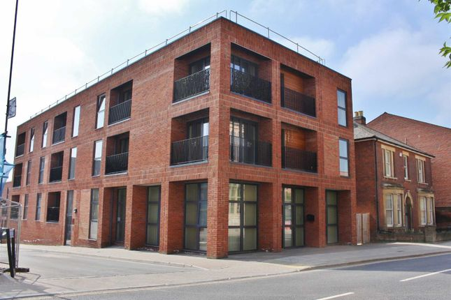 1 bed flat to rent in Kiln Close, Gloucester GL1