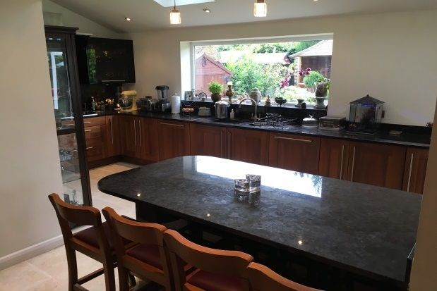 Thumbnail Property to rent in Radnormere Drive, Cheadle Hulme, Cheadle