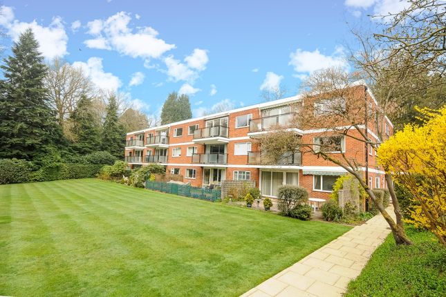 Thumbnail Flat to rent in Knole Wood, Devenish Road, Sunningdale, Ascot